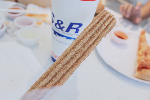 s&r cinnamon churro